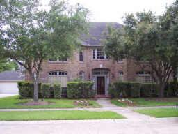 4423 Heatherwilde :Your Dream Home in the top rated Fort Bend Schools