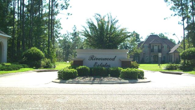 Riverwood Estates Subdivision - Theodore AL - Entrance Sign