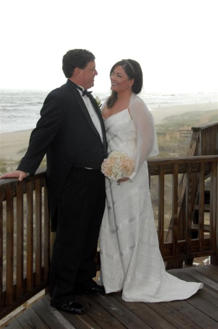 Realtor Gary Poindexter and his wife Stephanie wedding photo