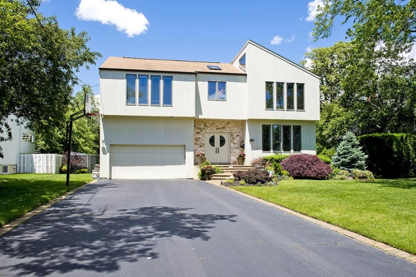 Permalink to Long Island Homes For Sale