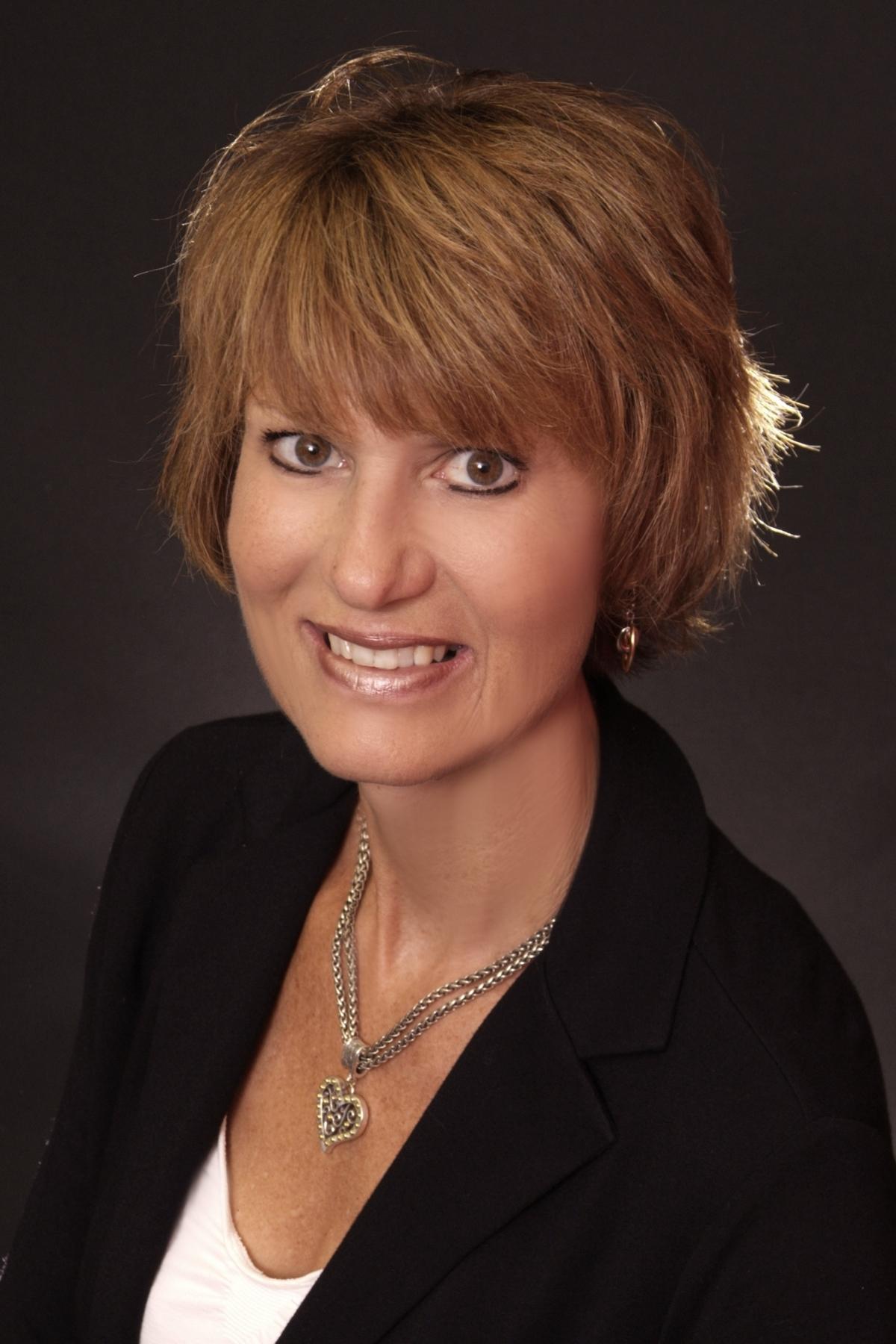 Liz Hanes - Bilder, News, Infos aus dem Web