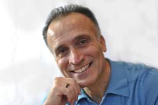 David  Roozrokh