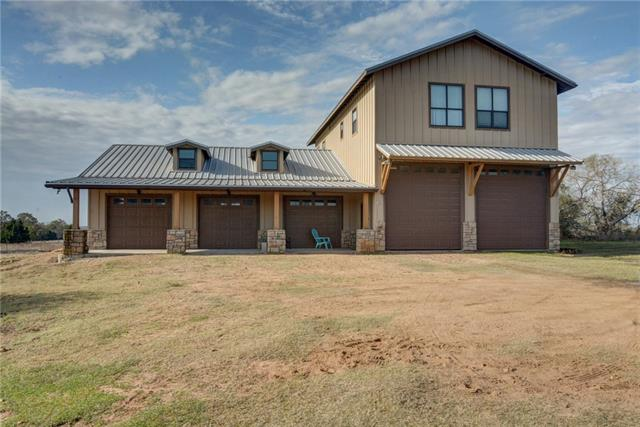 Photo of home for sale at 159 Bobs TRL, Bastrop TX