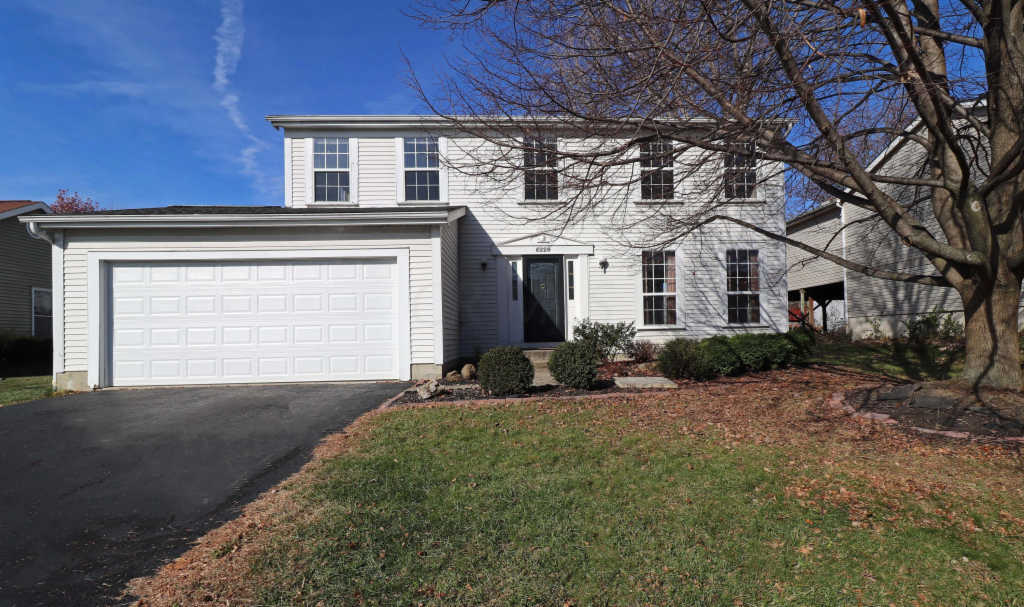 Photo of home for sale at 5224 Frisco Drive, Hilliard OH