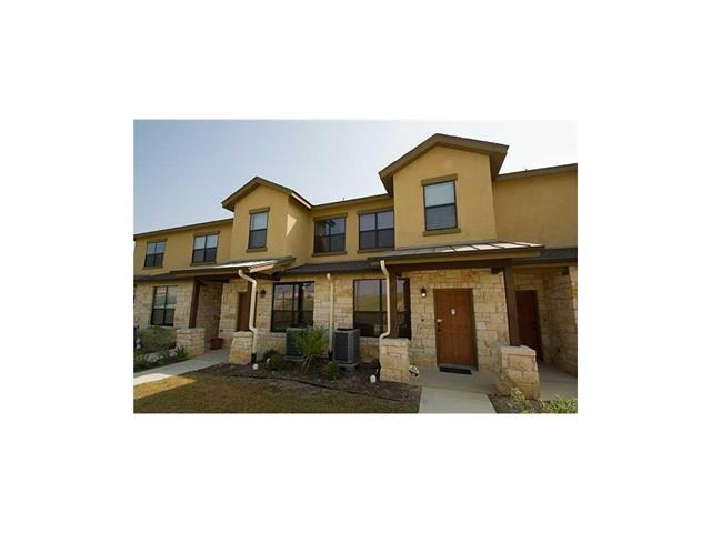 Photo of home for sale at 2101 Town Centre DR, Round Rock TX