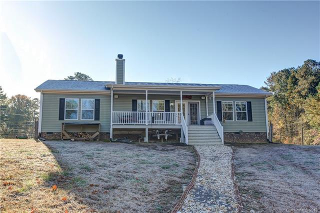 Photo of home for sale at 111 Fisherman Cove, Belmont NC