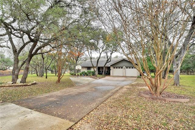 Photo of home for sale at 201 Bello CIR, Georgetown TX
