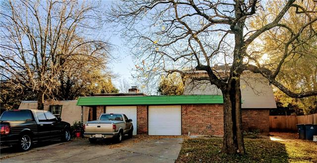 Photo of home for sale at 1307 Fairbanks DR, Austin TX