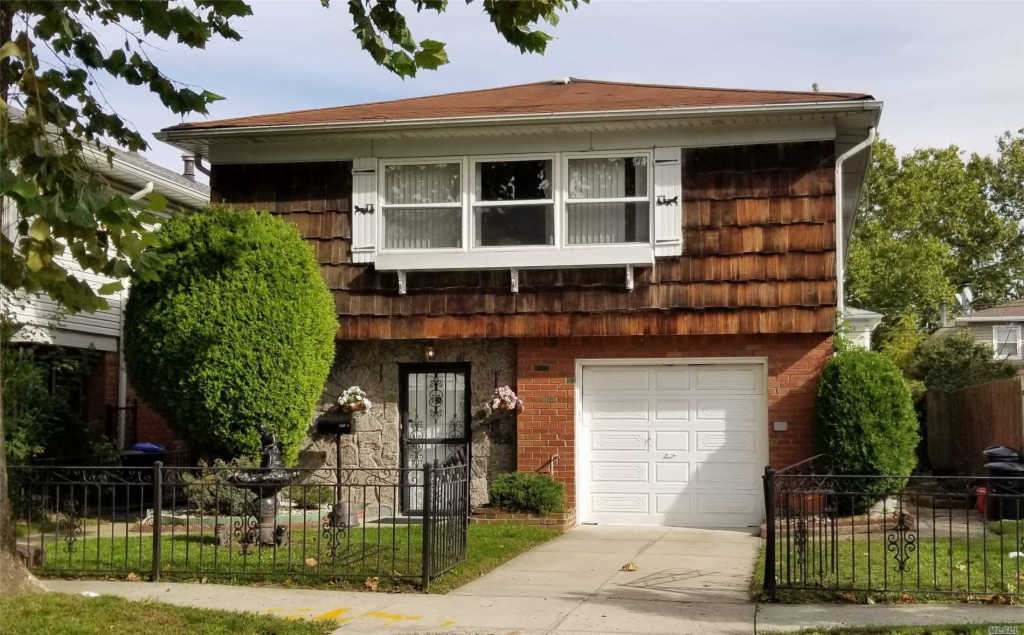 Photo of home for sale at 47-07 166th St, Flushing NY