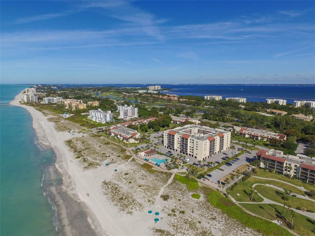 Photo of home for sale at 2045 GULF OF MEXICO DRIVE, Longboat Key FL