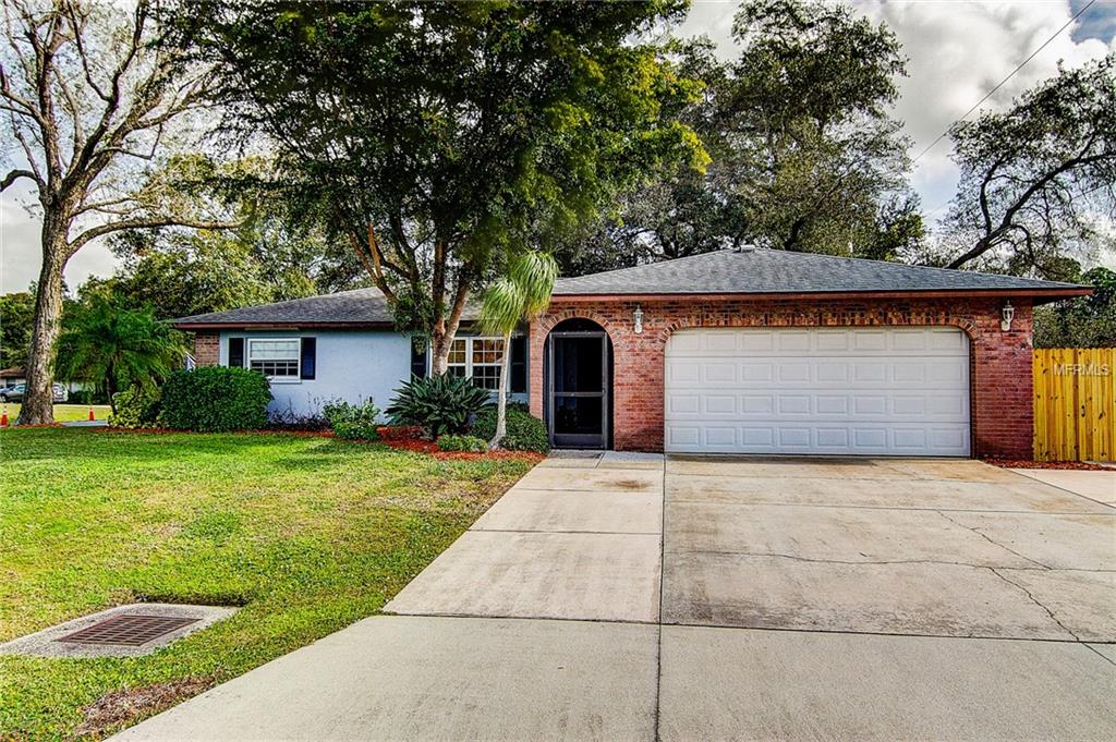 Photo of home for sale at 5036 SEVILLE DRIVE, Sarasota FL