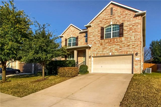 Photo of home for sale at 2530 Ravenwood DR, Round Rock TX