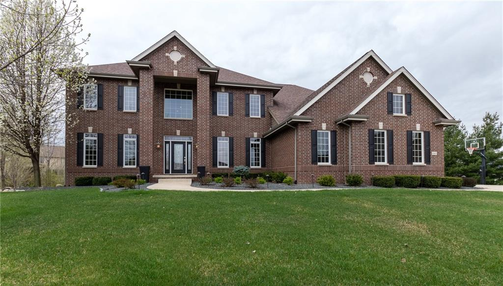 Photo of home for sale at 15415 Brookshire Drive, Urbandale IA