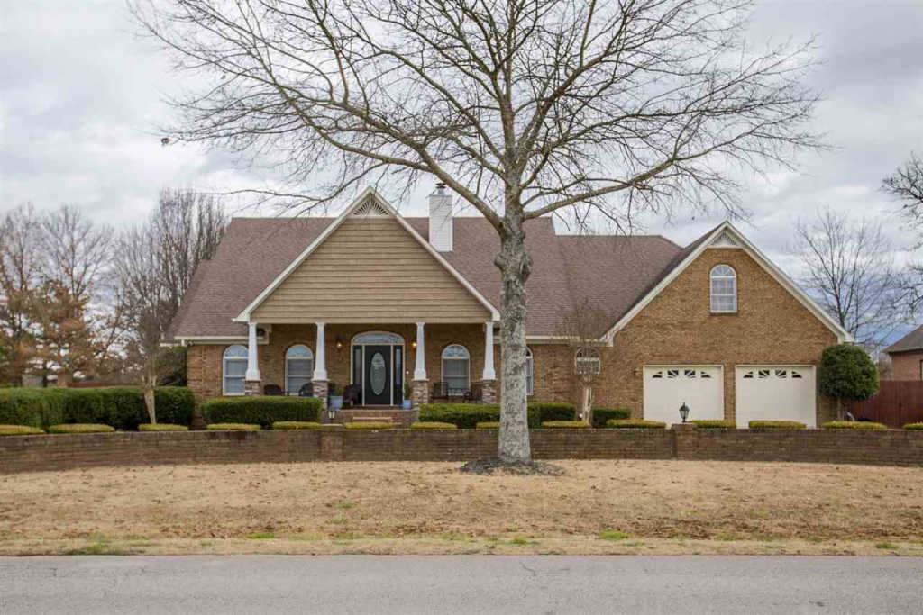 Photo of home for sale at Mooresville Road, Athens AL