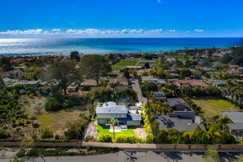 1315 Rubenstein Avenue, Cardiff by the Sea, California