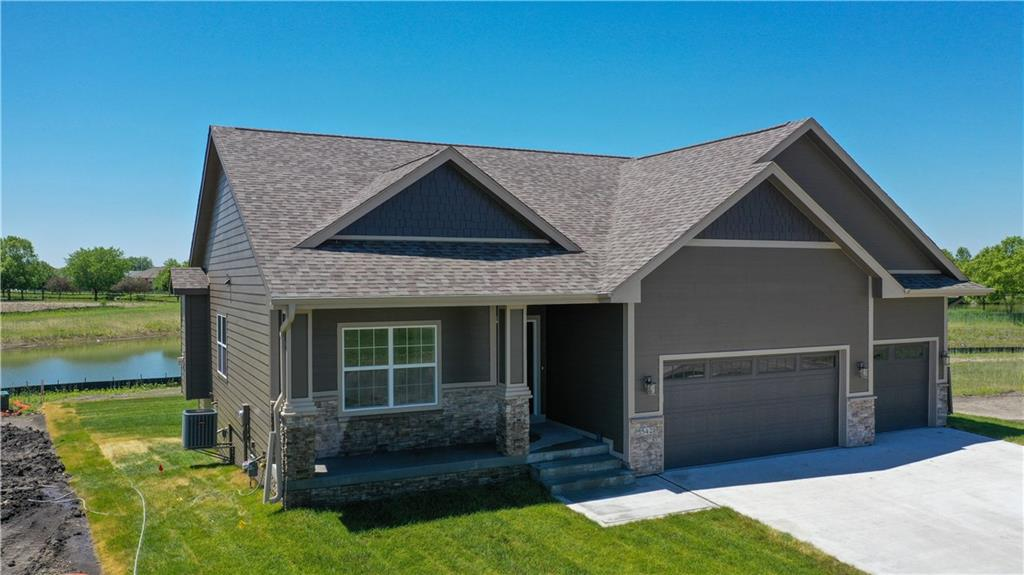 Photo of home for sale at 542 Sunset Drive, Altoona IA