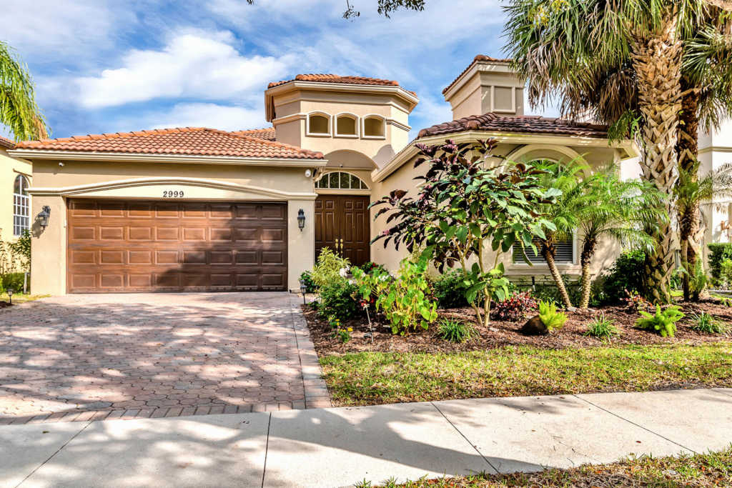 Photo of home for sale at 2999 Shaughnessy Drive, Wellington FL