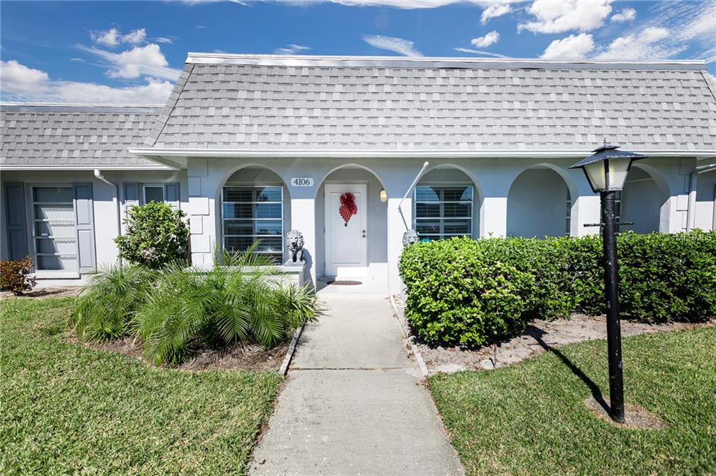 Photo of home for sale at 4106 35TH AVENUE, Bradenton FL