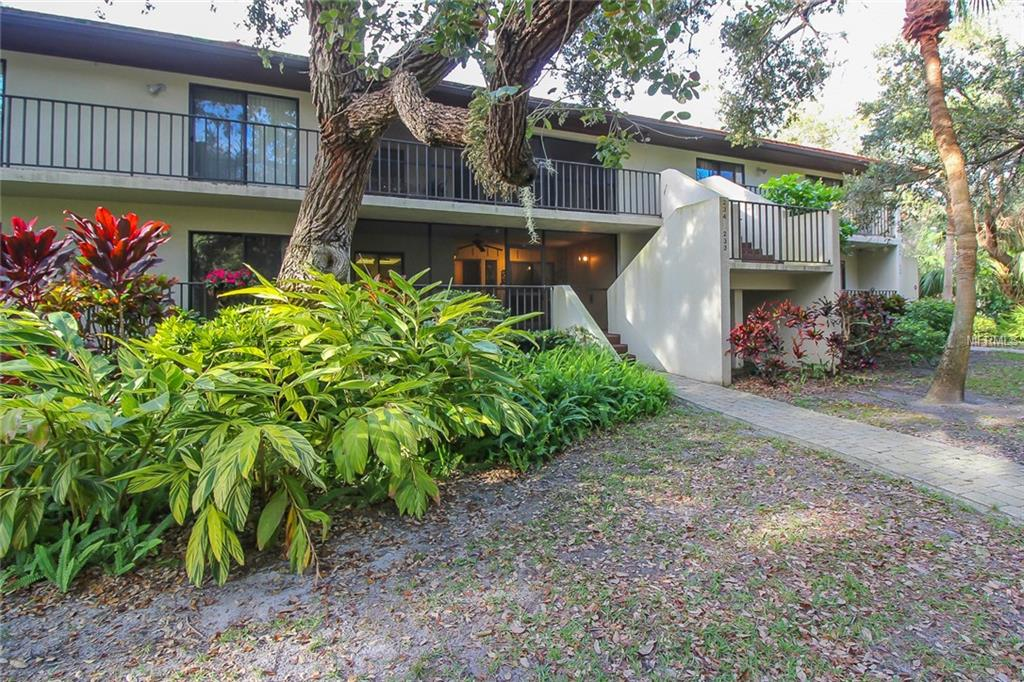 Photo of home for sale at 3902 MOURNING DOVE DRIVE, Bradenton FL