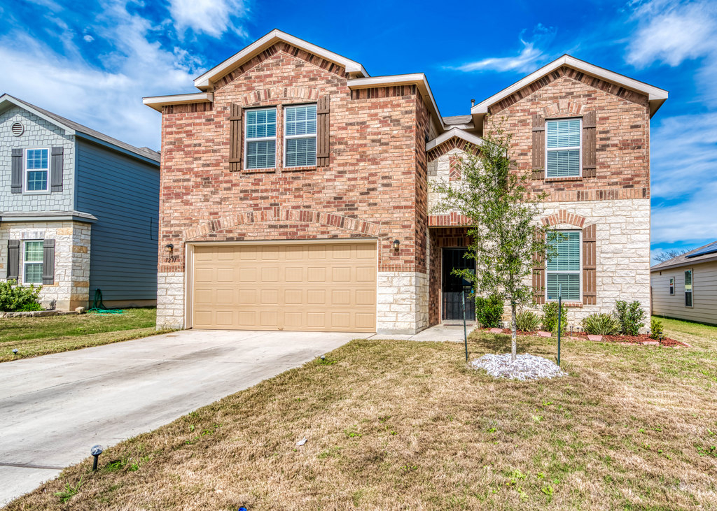 7231 CAPRICORN WAY, Converse, Texas
