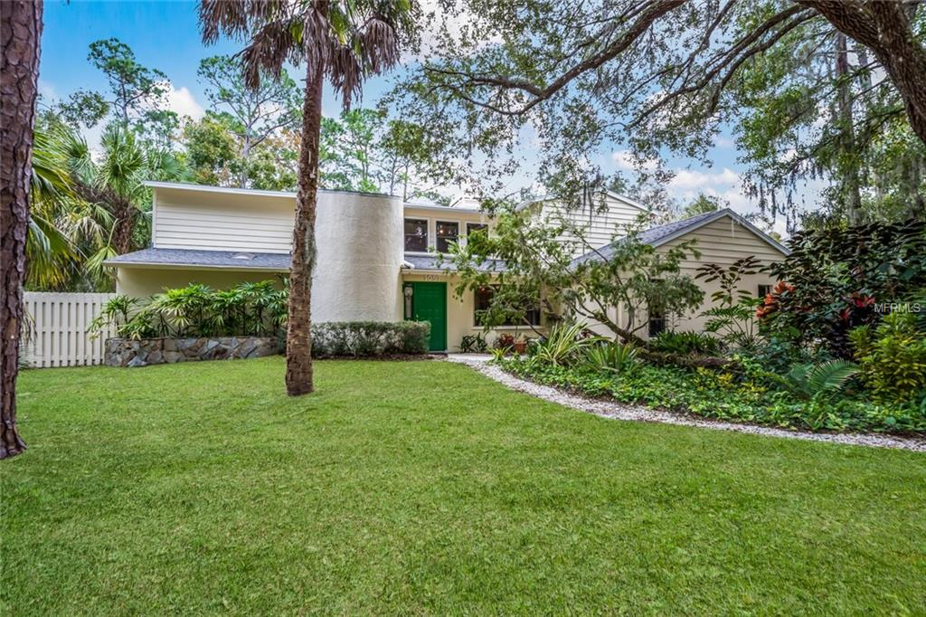 Photo of home for sale at 1057 SIRUS TRAIL, Sarasota FL