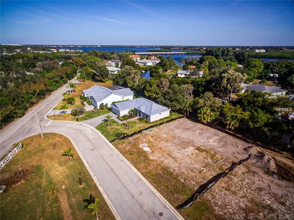Photo of home for sale at 903 30TH COURT, Bradenton FL