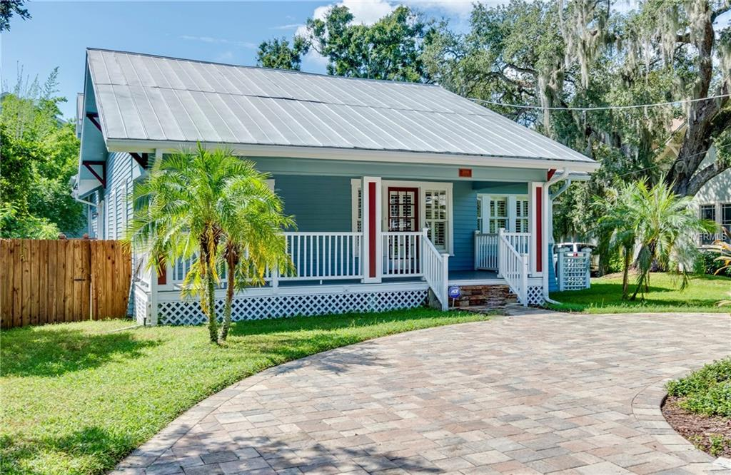 Photo of home for sale at 3004 CHAPIN AVENUE W, Tampa FL