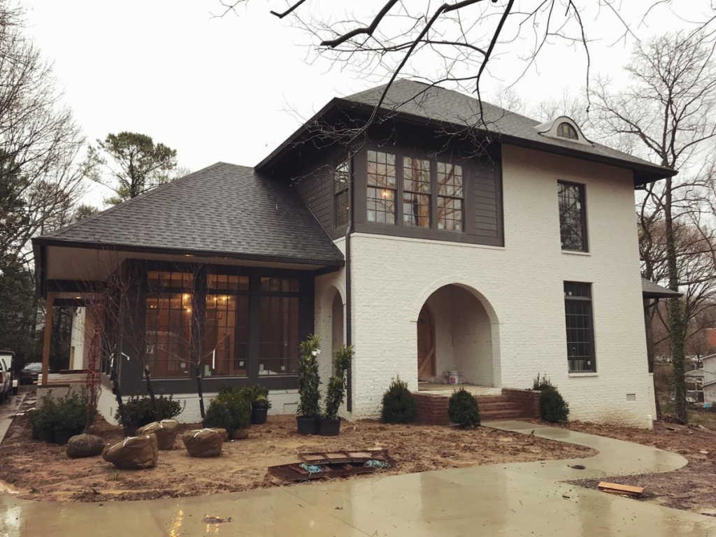 Photo of home for sale at 3602 Hobbs Rd, Nashville TN