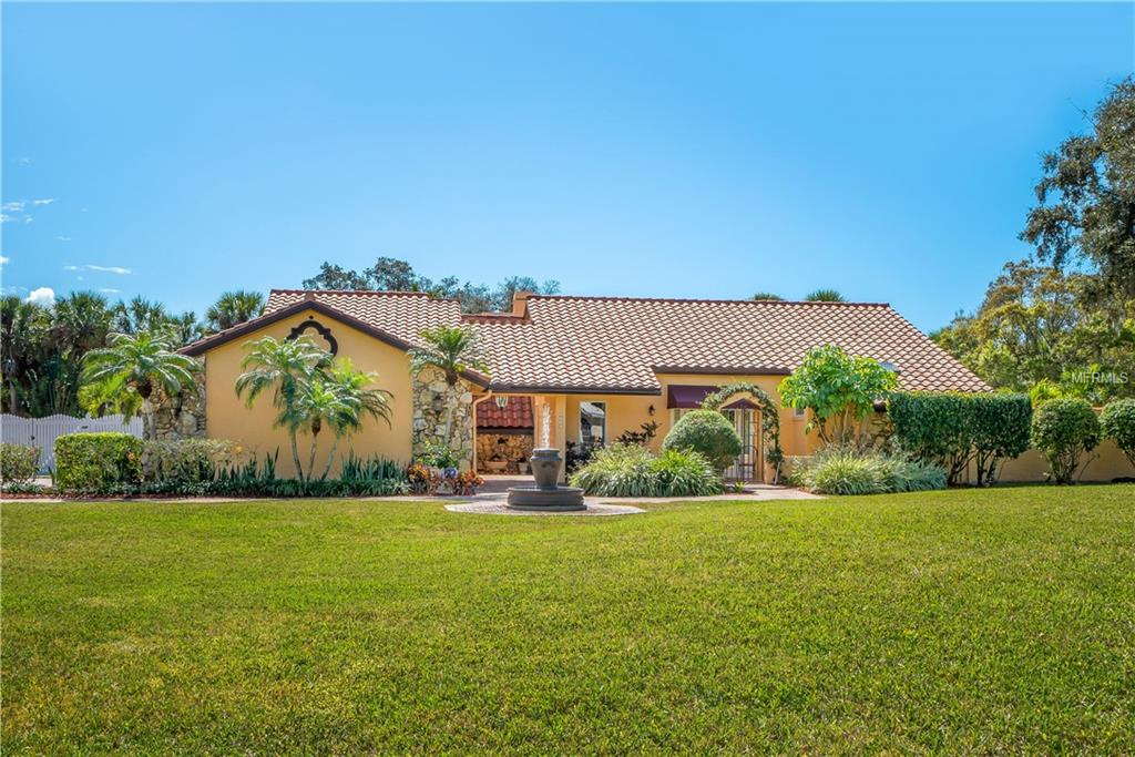 Photo of home for sale at 3640 BENEVA OAKS BOULEVARD, Sarasota FL