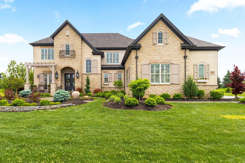 Photo of home for sale at 9356 Wilbrook Drive, Powell OH