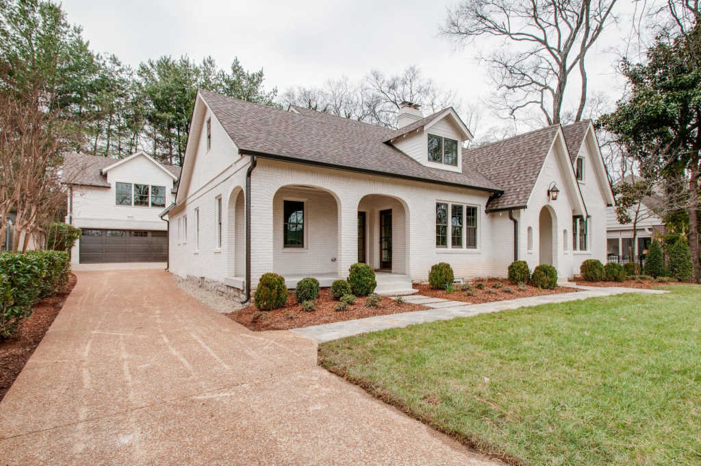 Photo of home for sale at 3511 Granny White Pike, Nashville TN