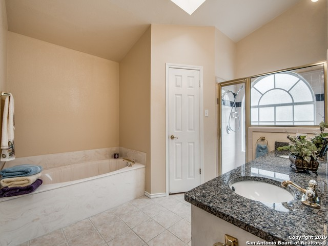 1127 HEDGESTONE DR - photo 14