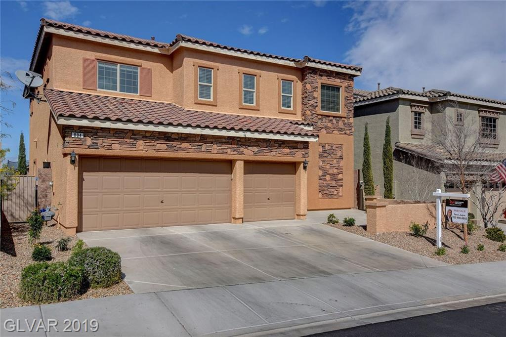 Photo of home for sale at 804 APPLECROSS Avenue, Henderson NV