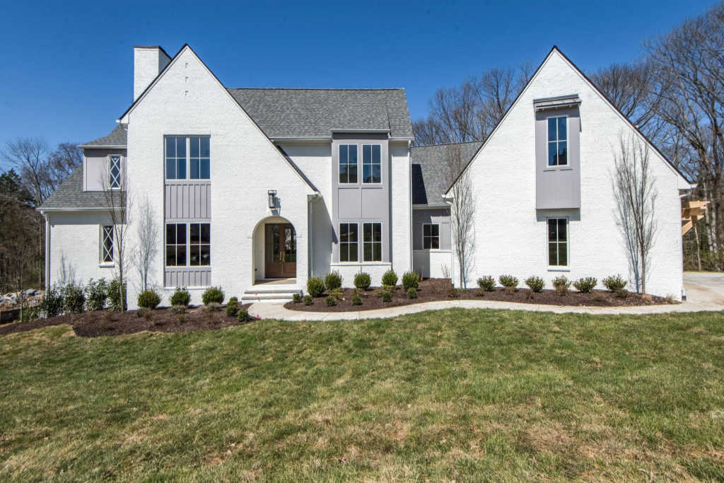 Photo of home for sale at 6456 Penrose Dr, Brentwood TN