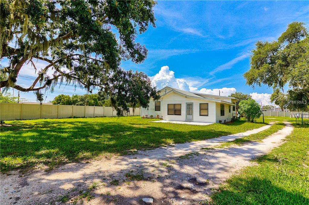 Photo of home for sale at 1612 61ST STREET, Palmetto FL