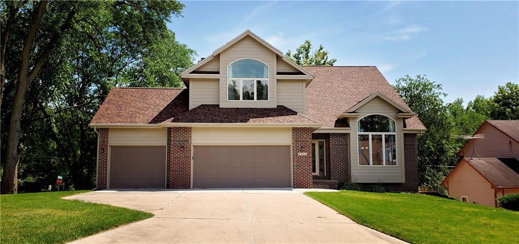 Photo of home for sale at 3000 Rhett Circle, Des Moines IA
