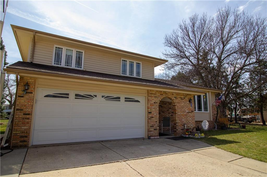 Photo of home for sale at 912 Gordon Avenue, Norwalk IA