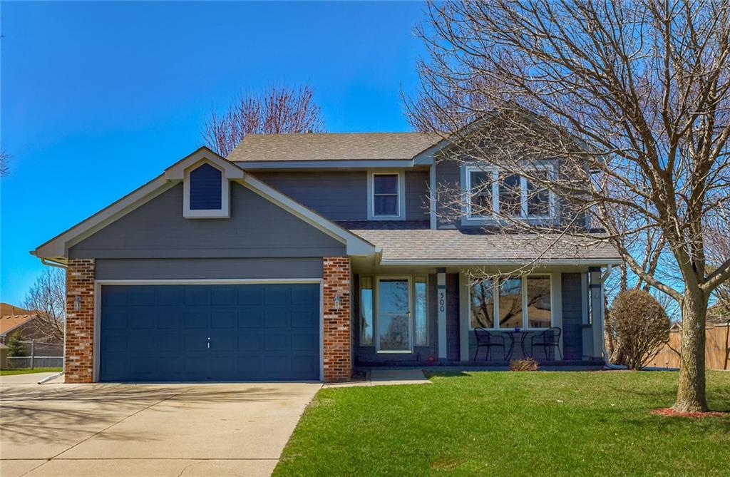 Photo of home for sale at 500 Maplewood Drive SW, Grimes IA