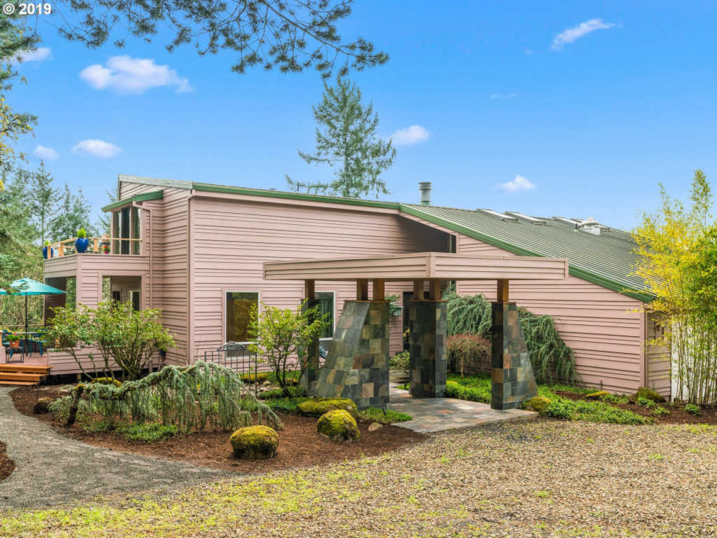 Photo of home for sale at 9405 KAISER RD NW, Portland OR