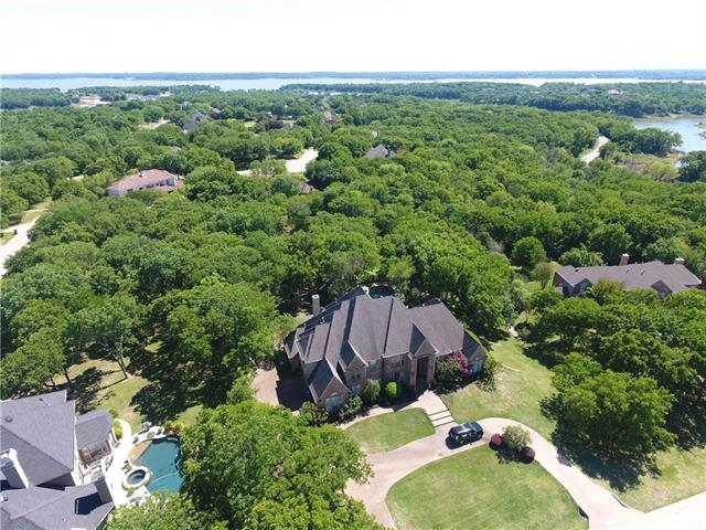 Photo of home for sale at 4805 Neptune, Flower Mound TX
