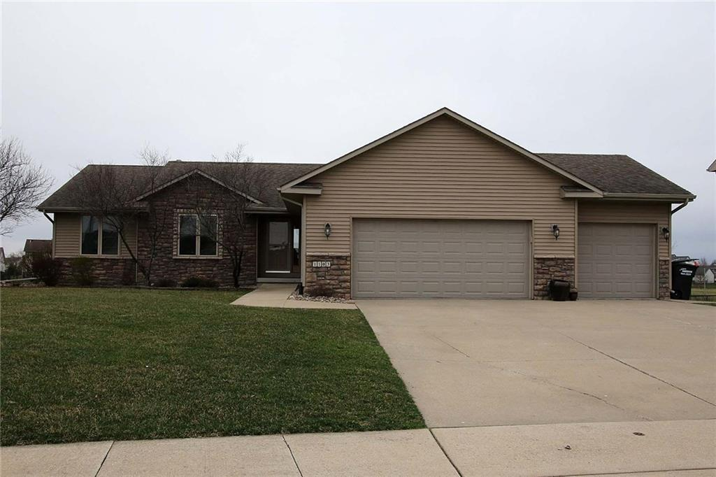 Photo of home for sale at 1103 25th Street NW, Ankeny IA