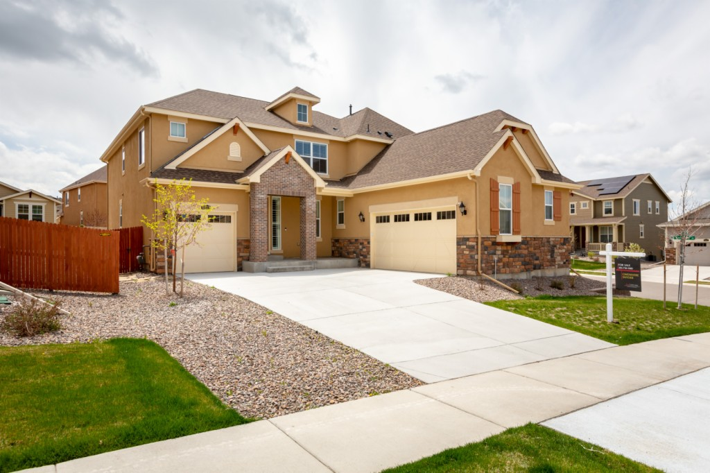 10423 Isle Street, The Pinery in Douglas County, CO 80134 Home for Sale