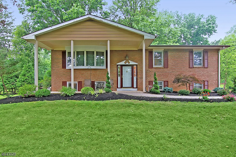 Photo of home for sale at 396 FOOTHILL RD, Bridgewater Twp. NJ