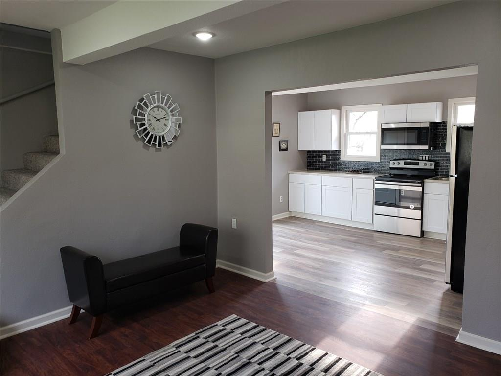Photo of home for sale at 2600 8th Street SE, Des Moines IA