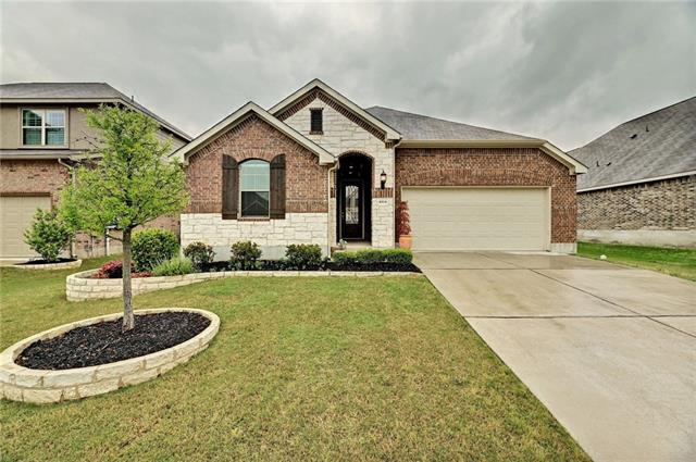 Photo of home for sale at 1004 Hartman DR, Leander TX