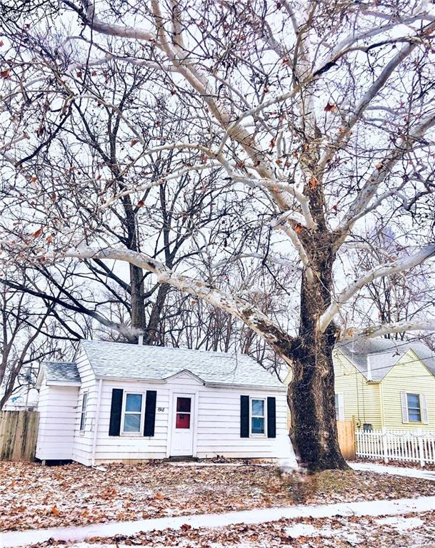 Photo of home for sale at 1918 21st Street E, Des Moines IA