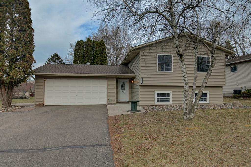 Photo of home for sale at 7133 Hyde Avenue S, Cottage Grove MN