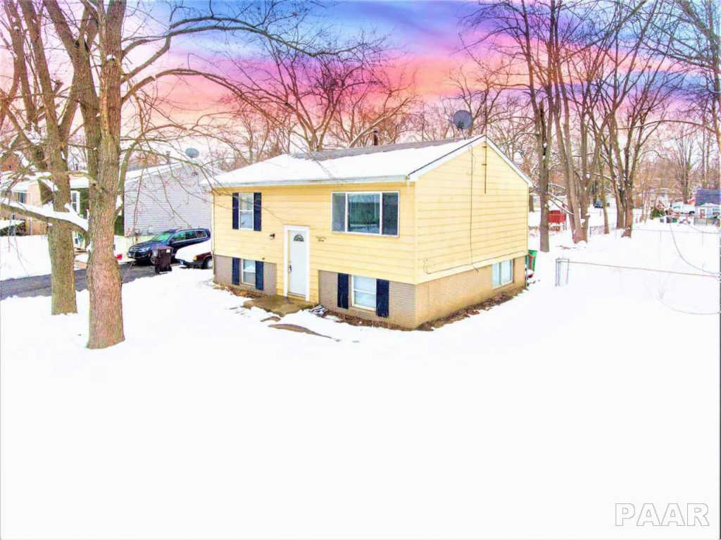 2115 N IDAHO Street Peoria IL 61604, MLS # PA1201189, Keller ... Idaho Mobile Home Roof Over It With Snow on