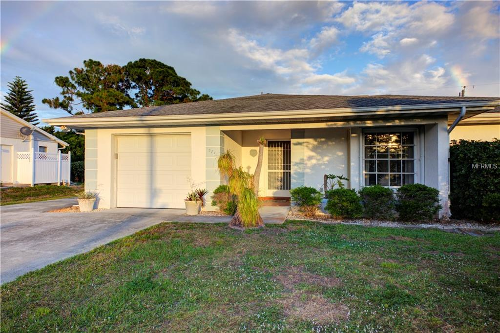 Photo of home for sale at 971 MOHAWK ROAD, Venice FL