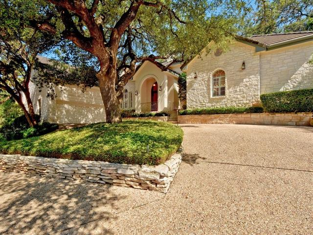 Photo of home for sale at 5212 Scout Island CIR S, Austin TX